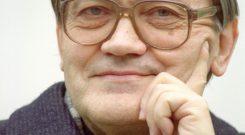 Stanislaw Musial,ksiadz, jezuita,2000r